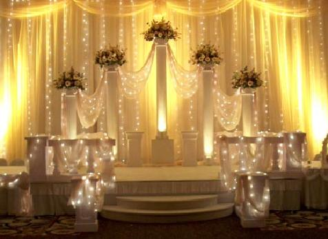 {Victorian Columns for your Wedding Party}